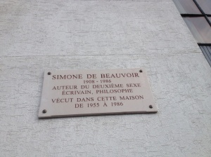 A plaque indicating where de Beauvoir spent her last years. When taking this picture, behind me is the wall to the cemetery where she is buried.