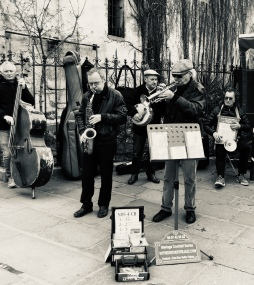 Street band in Saint Germain