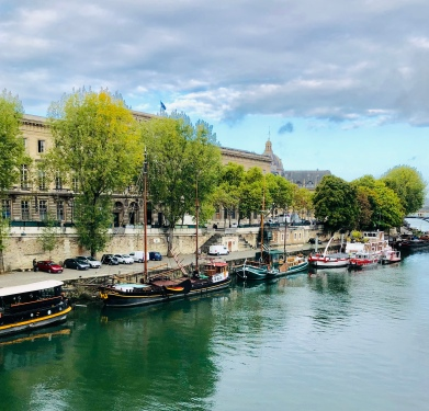 A Walk along the Seine, Sep 2019
